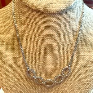Chloe & Isabel Pave Links necklace